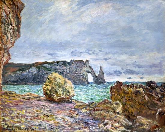 Estretat, Playa y acantilado de Aval