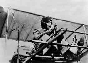 Helene Dutrieu in her plane