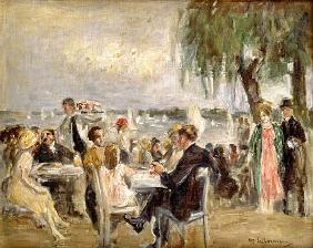 Garden café at the Elbe