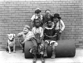 Series THE LITTLE RASCALS/OUR GANG COMEDIES Petey, Joe Cobb, Farina , Jannie Hoskins, Jackie Condon,