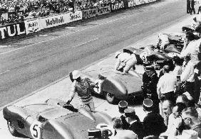 Start of the Le Mans 24 Ho...