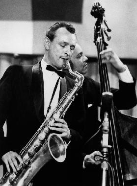 saxophone player Jimmy Giuffre at International Jazz Festival